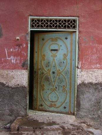 a door in Demnate