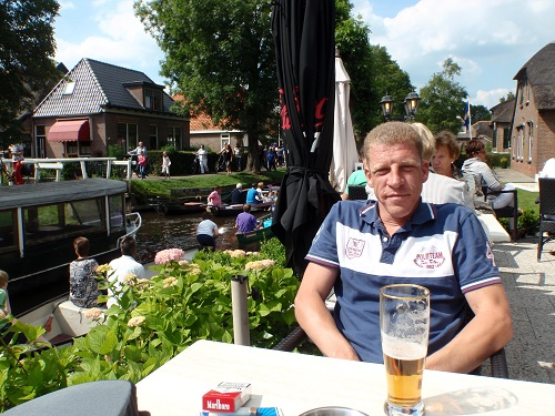 A beer and clogged canals...