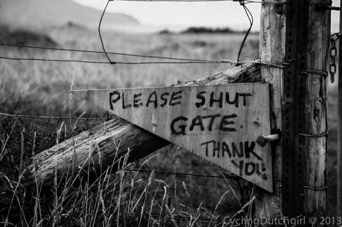 Shut Gate