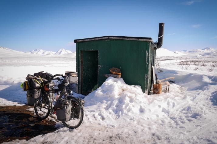 the little green hut