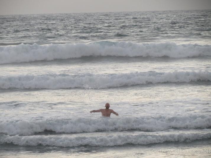 Flavien swimming