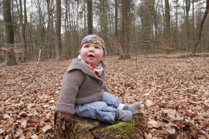 baby explores